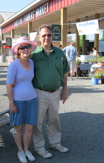 Peter and Sharon Francisco at the Lakeside Farmers Market.